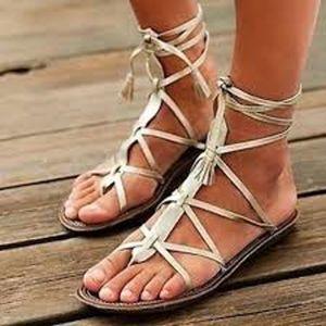 OTBT Gladiator Leather Gold Wrap Sandal Size 9